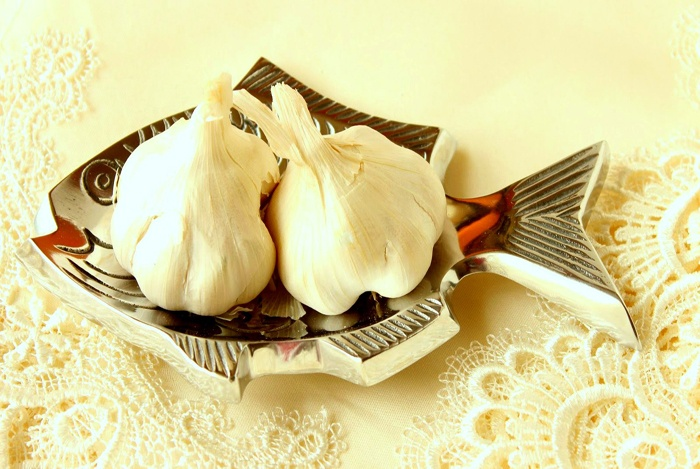 home remedies for hoarseness garlic
