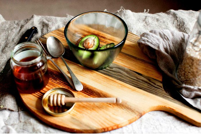 home remedies for pimples Avocado & Honey Mask