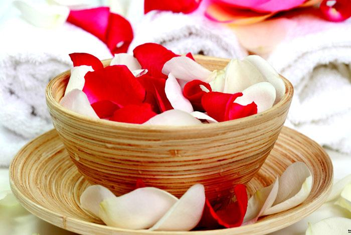home remedies for pimples Sandalwood & Rose Water Paste