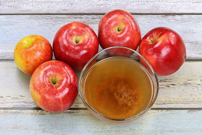 home remedies for shiny hair Apple Cider Vinegar