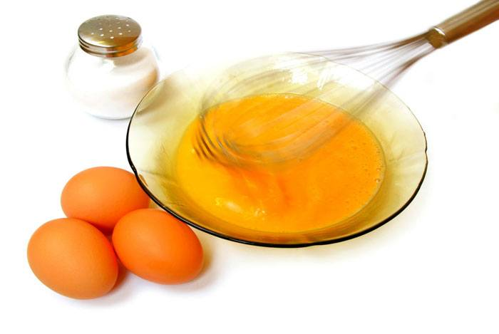 home remedies for dandruff Egg Yolk