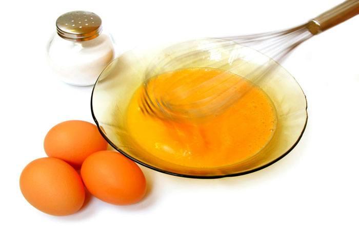 home remedies for dandruff Egg Yolk